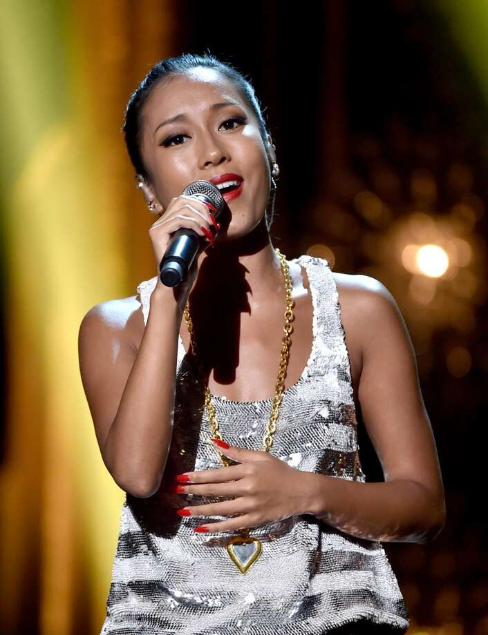 Singer Summer Jikejunyi performs at the 2014 Huading Film Awards at The Montalban Theatre on June 1, 2014 in Los Angeles, California. Photo: Kevin Winter, Getty Images