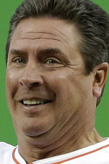 Ex-Dolphins QB Dan Marino did not specify if he has had any medical issues since his retirement. / AP