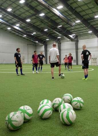 Semi-pro soccer comes to Danbury - NewsTimes