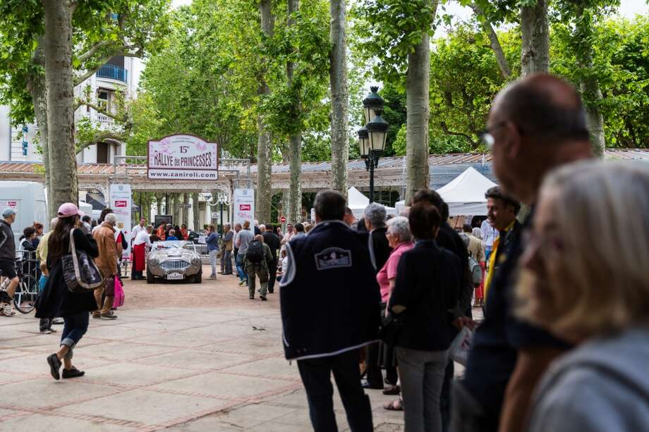 A general view of atmosphere at the arrival of day 3 at Parc des Sources during the 15th Rallye des Princesses on June 2, 2014 in Vichy, France. Photo: Getty Images