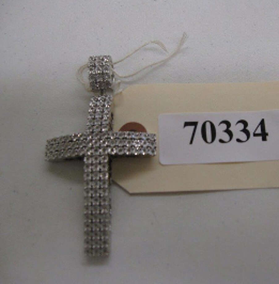 SILVER COLOR CROSS PENDANT W/CLEAR STONES, +DIA, MK-925, 32 GR, item # 70334, CS#12262815 Photo: San Antonio Police Department