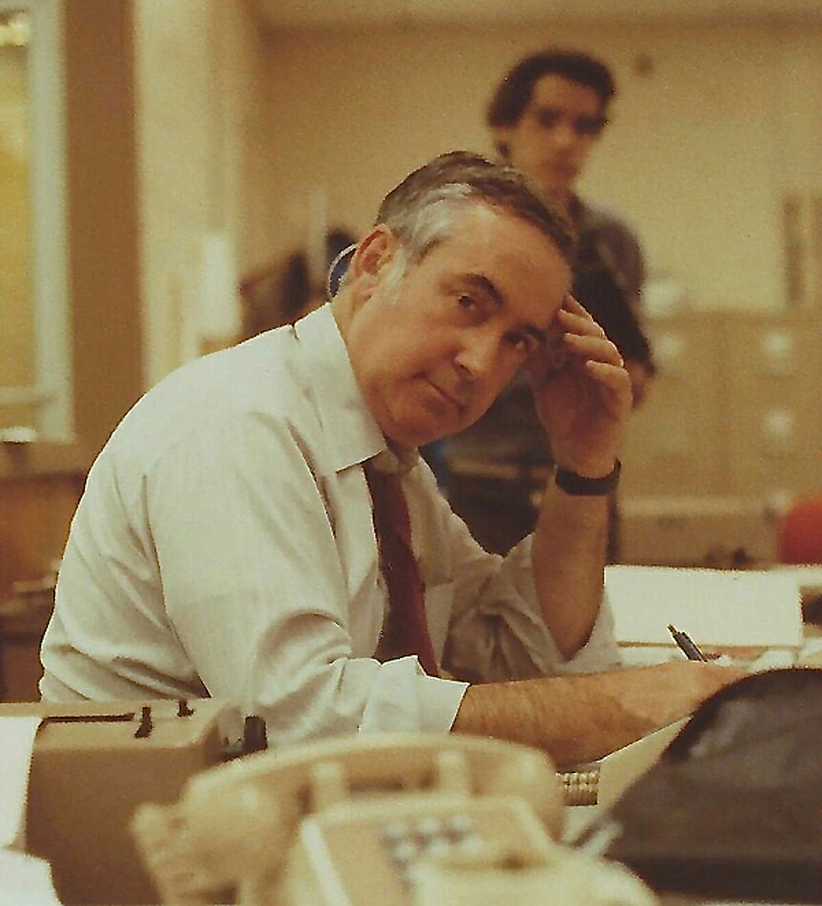 New anchor Ernie Tetrault, a legend among New York broadcasters, has died at 94.