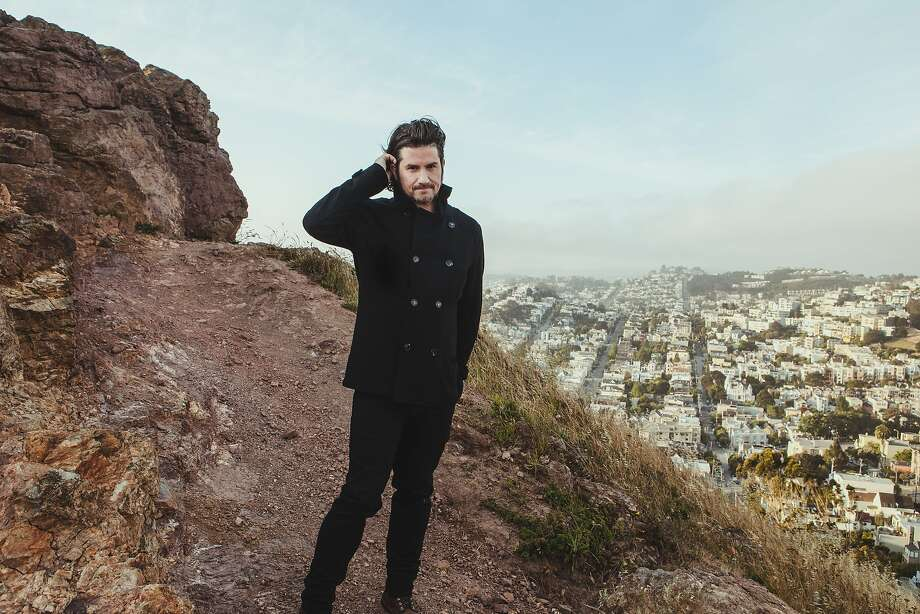 San Francisco's Matt Nathanson is embarking on a co-headlining summer tour with Gavin DeGraw. Photo: The Photo Run, Vanguard Records