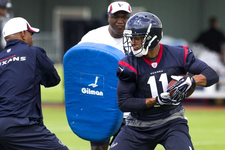 Texans wide receiver DeVier Posey (11) makes a catch. Photo: Brett Coomer, Houston Chronicle