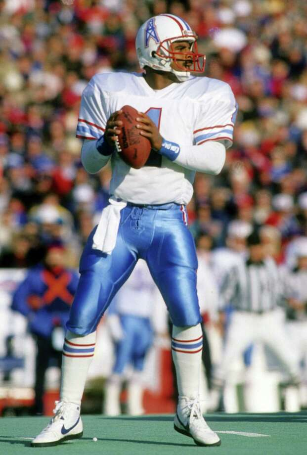 Houston Oilers quarterback Warren Moon Photo: Focus On Sport, Getty Images / 1990 Focus on Sport