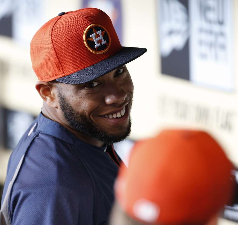Jon Singleton, who was just signed and brought up from the minors in the dugout during batting practice. Photo: Karen Warren, Houston Chronicle