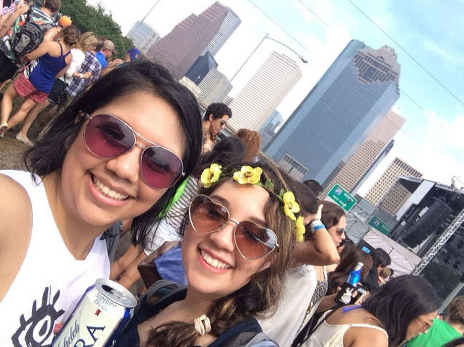 Houston's Top 20 Zip Codes for 20-somethings A recent study that Houston has the country's fastest-growing population of young college graduates. Check out the 20 local zip codes with the highest percentage of residents in their 20s. Photo: Courtesy Of Nisi Castillo
