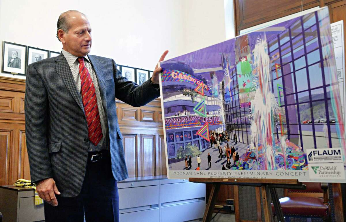 Casino developer David Flaum briefs members of the Albany Common Council on his Albany-based casino and resort at Exit 23 of the Thruway Friday, March 21, 2014, in Albany, N.Y. (John Carl D'Annibale / Times Union)