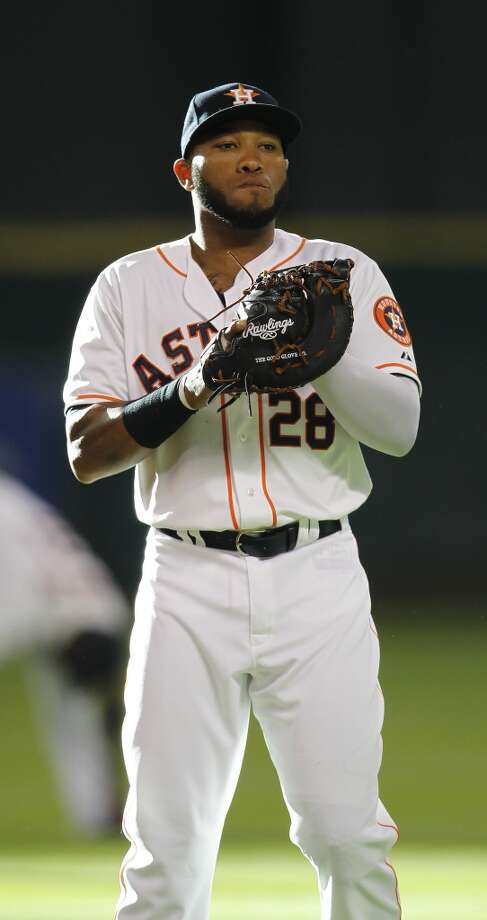 Astros first baseman Jon Singleton (28) before the start of the game. Photo: Karen Warren, Houston Chronicle