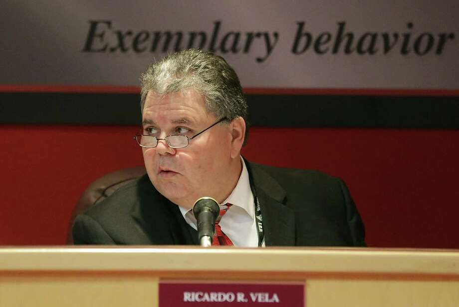 Legislation adding specific deadlines for waiver requests would help state officials address the matter of Southside ISD Superintendent Ricardo Vela, who lacks the qualifications to be certified for his job. Photo: Bob Owen, San Antonio Express-News / ©2013 San Antonio Express-News