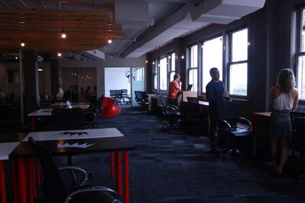 A free-flowing community workspace encourages discussion and collaboration at Geekdom.