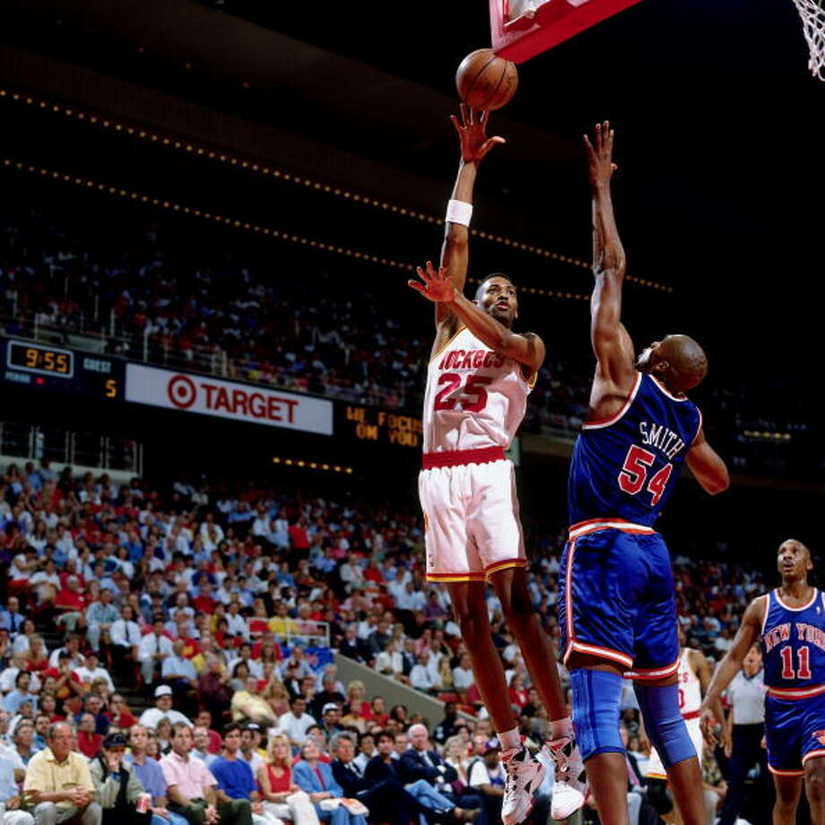 Game 1 - Wednesday, June 8, 1994Rockets 85, Knicks 78Houston leads series 1-0  Robert Horry shoots against Charles Smith. Photo: Nathaniel S. Butler, NBAE/Getty Images / 1994 NBAE