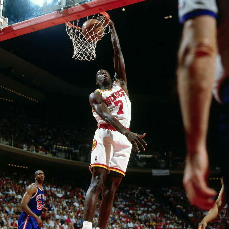 Game 6 - Sunday, June 19, 1994Rockets 86, Knicks 84Series tied 3-3  Carl Herrera throws one down. Photo: Nathaniel S. Butler, NBAE/Getty Images / 1994 NBAE