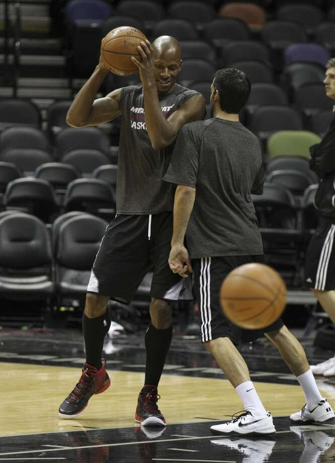 Miami Heats' Ray Allen works out during the NBA Finals practice and media session at the AT&T Center on Wednesday, June 4, 2014. The Heat will play Game 1 of the Finals against the Spurs on Thursday. Photo: Kin Man Hui, San Antonio Express-News
