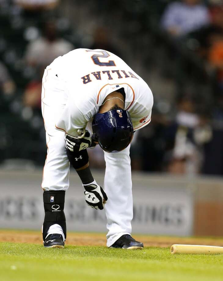 Astros shortstop Jonathan Villar (2) reacts after being hit by a pitch. Photo: Karen Warren, Houston Chronicle
