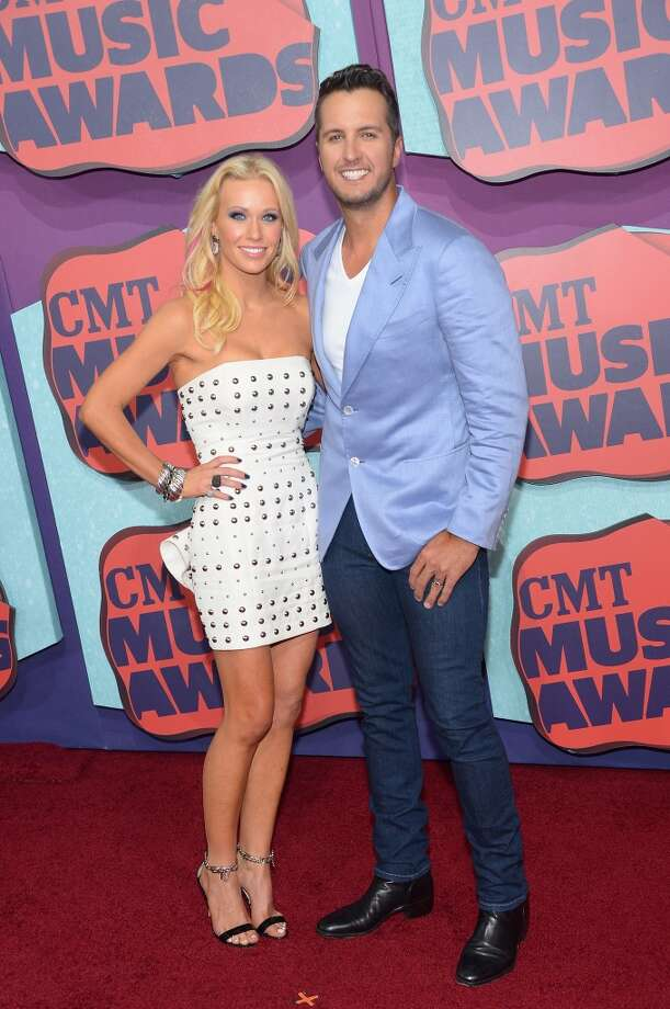 Caroline Bryan (L) and Luke Bryan attend the 2014 CMT Music awards at the Bridgestone Arena on June 4, 2014 in Nashville, Tennessee. Photo: Michael Loccisano, Getty Images