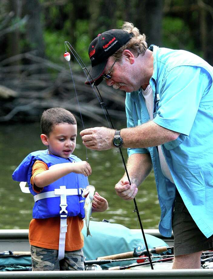 Texas' Free Fishing Day this Saturday suspends for one day all fishing license requirements as an encouragement for Texans to give angling a try and perhaps hook a new generation on the lifetime recreation. Photo: Picasa