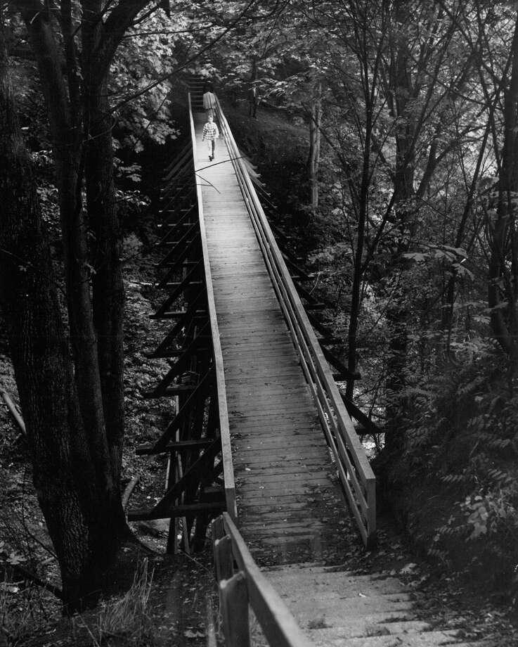 September 30, 1951 - Footbridge near E. 60th St. and 23rd Ave. N.E. Photo: FILE PHOTO, SEATTLEPI.COM / SEATTLEPI.COM