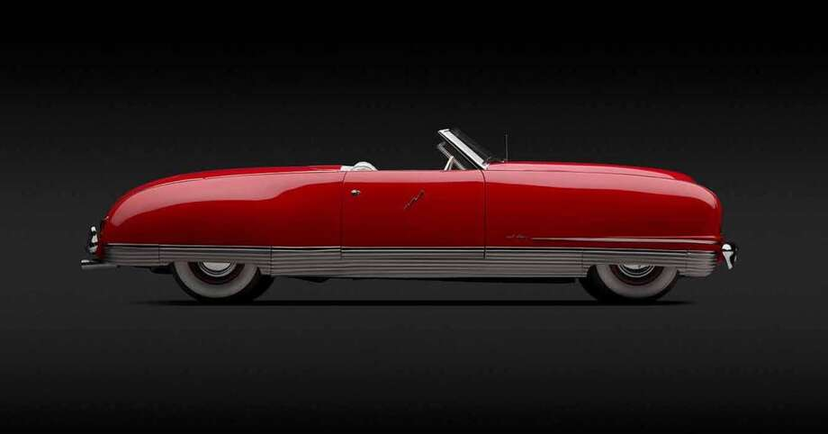 Chrysler  Thunderbolt , 1941. Designed by  Ralph Roberts  and Alex  Tremulis.  Courtesy of Roger Willbanks, Denver, Colorado . Photo by  Michael Furman.