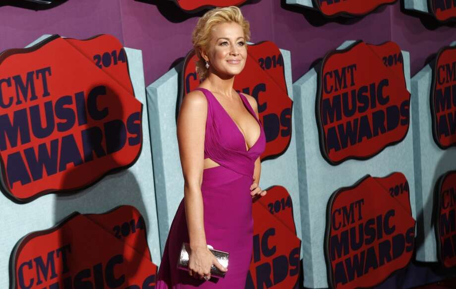Kellie Pickler arrives at the CMT Music Awards at Bridgestone Arena on Wednesday, June 4, 2014, in Nashville, Tenn. (Photo by Wade Payne/Invision/AP) ORG XMIT: TNBR111 Photo: Wade Payne, AP