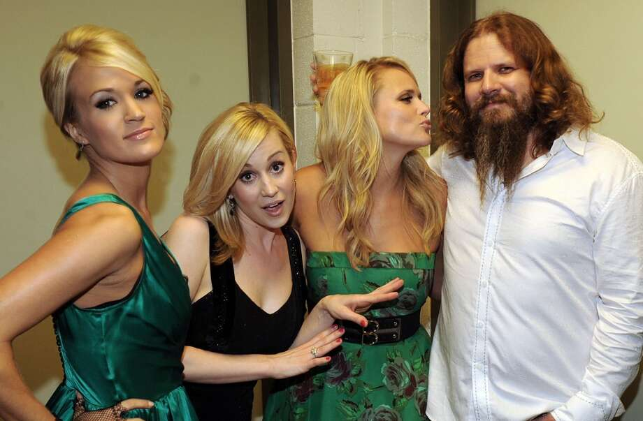 NASHVILLE, TN - SEPTEMBER 22:  Former American Idol's Singer/Songwriter Carrie Underwood, Singer/Songwriter Kellie Pickler, Singer/Songwriter Miranda Lambert and Singer/Songwriter Jamey Johnson backstage  at Schermerhorn Symphony Center on September 22, 2009 in Nashville, Tennessee.  (Photo by Rick Diamond/Getty Images for ACM) Photo: Rick Diamond, Getty Images For ACM