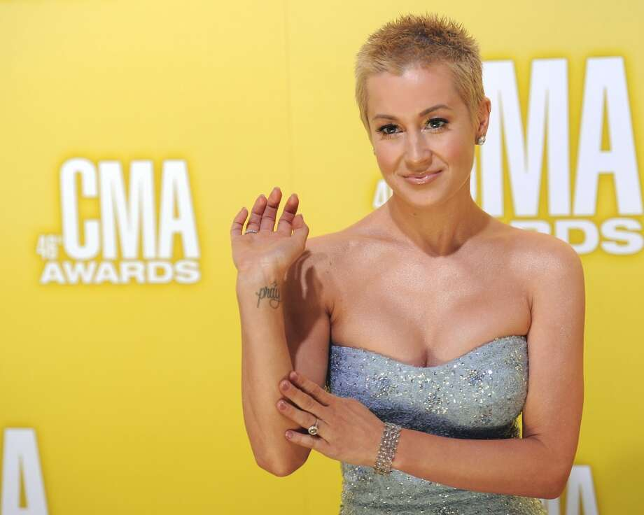 Kellie Pickler arrives at the 46th Annual Country Music Awards at the Bridgestone Arena on Thursday, Nov. 1, 2012, in Nashville, Tenn. (Photo by Chris Pizzello/Invision/AP) Photo: Chris Pizzello, Chris Pizzello/Invision/AP