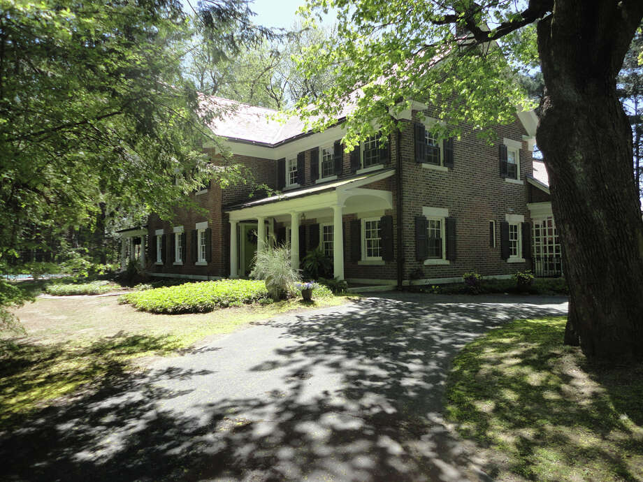 House of the Week: 10 Westover Rd., Troy   Realtor:  Maribeth Duclos with Coldwell Banker Prime Properties   Discuss: Talk about this house Photo: Maribeth Duclos