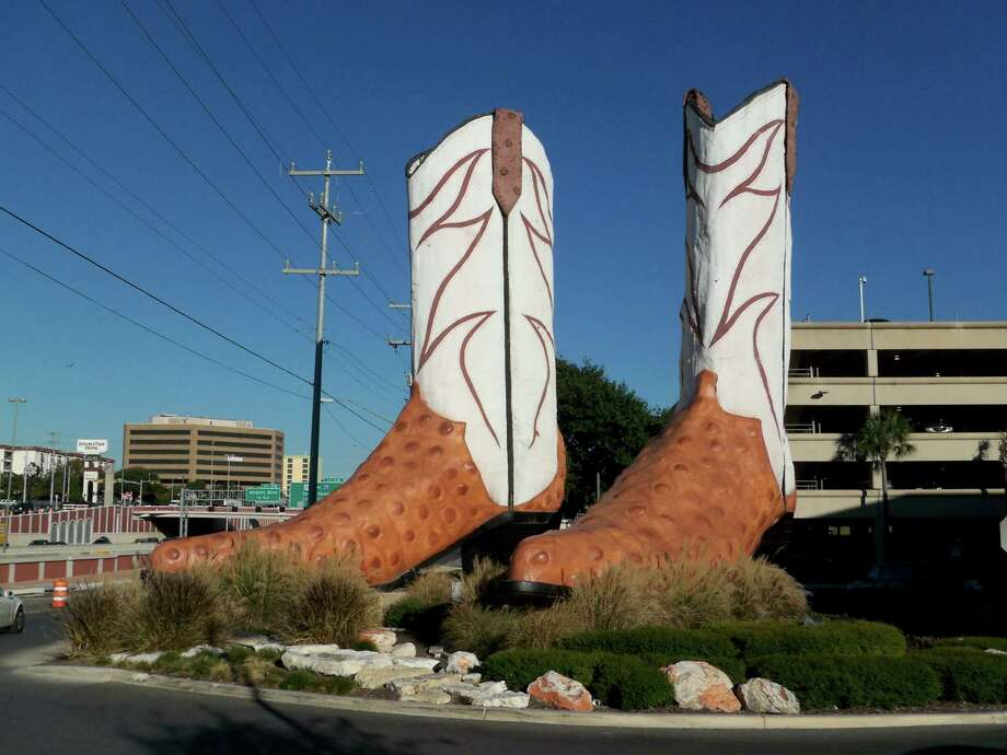 World's Largest Cowboy Boots Photo: Flickr: Todd Carr