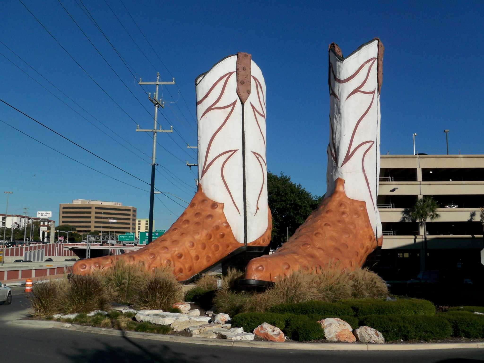 San Antonio S Giant North Star Mall Boots Recognized By