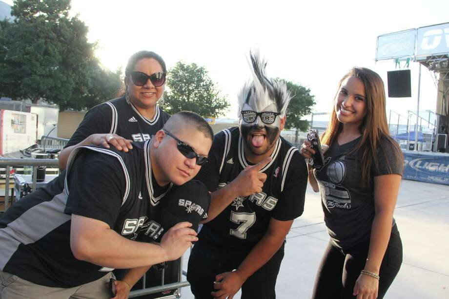 Spurs fans gather in the Bud Light Courtyard of the AT&T Center for Game 1 of the NBA Finals Thursday night. Photo: By Jacob Beltran, For MySA.com