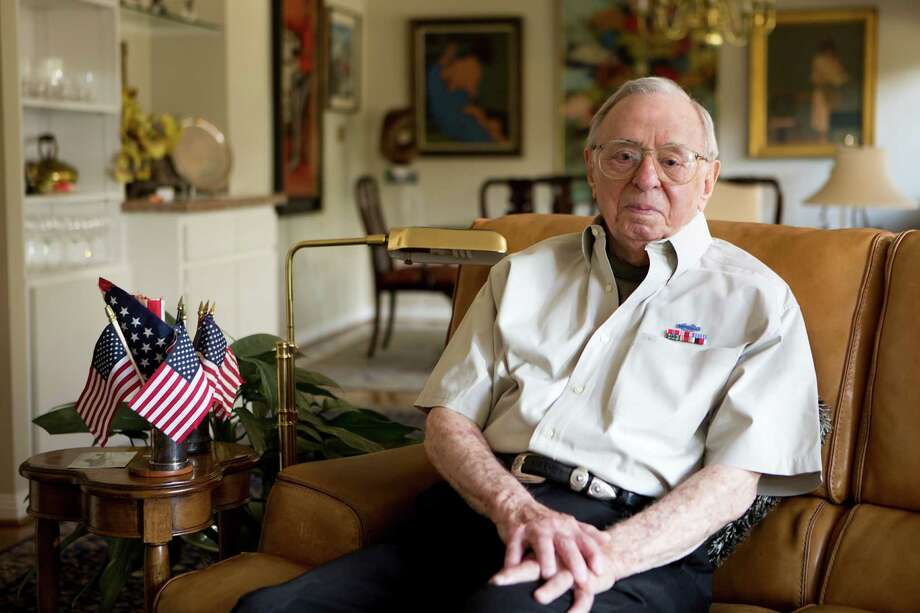 On the 70th anniversary of the D-Day landing in Normandy, Bernard Z. Lee will be named a knight in the National Order of the Legion of Honour by the French government. Photo: Marie D. De Jesus, Staff / © 2014 Houston Chronicle