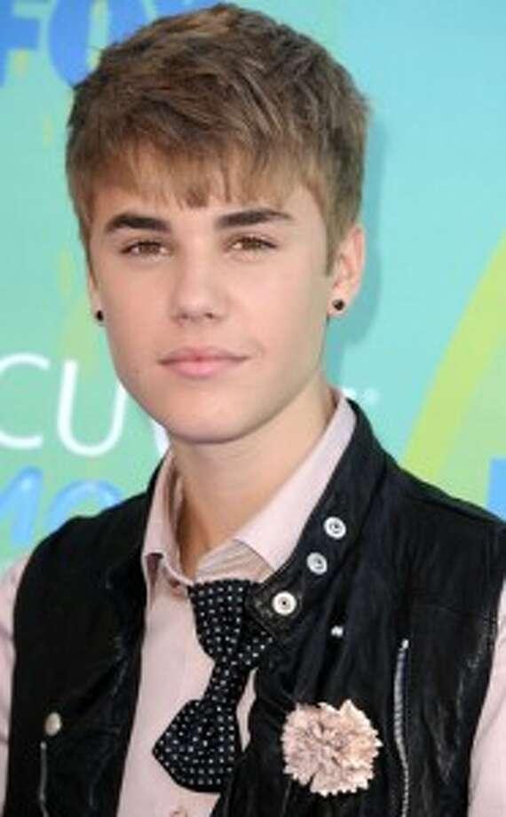#33 Justin Bieber(Mar. 1, 1994)