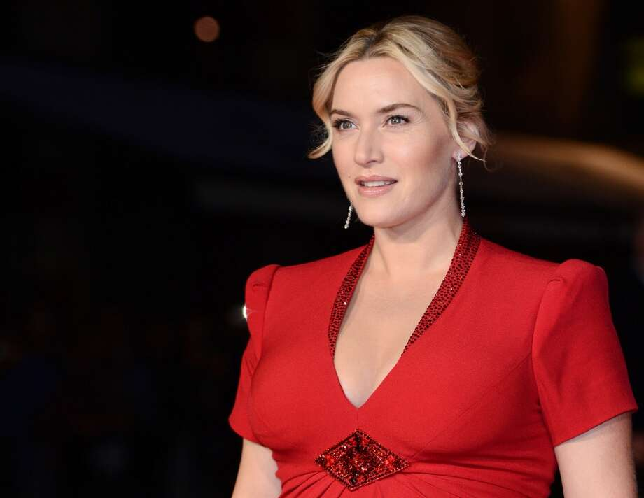 Kate Winslet  embraces a fuss-free look on October 14, 2013 in London, England. Photo: Karwai Tang, WireImage