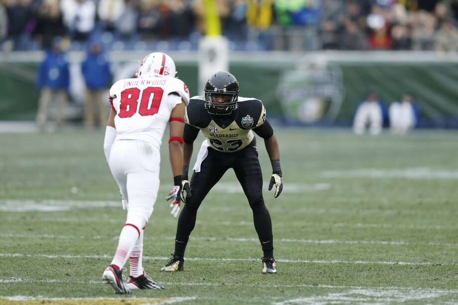7th round (216th overall): Andre Hal, CB, Vanderbilt, 5-11, 188.Strengths – He's a natural at the position with good balance, vision and anticipation as well as transitional quickness. He's a nasty tackler who understands angles and leverage. Photo: Joe Robbins, Getty Images