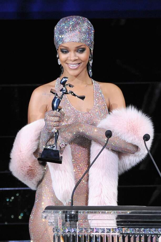 Rihanna speaks onstage at the 2014 CFDA fashion awards at Alice Tully Hall, Lincoln Center on June 2, 2014 in New York City. Photo: Getty Images