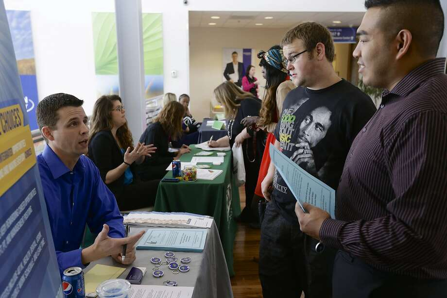 Job fairs like this one in April in Lincoln, Neb., might see more spots available as the market rebounds. Photo: Nati Harnik, Associated Press