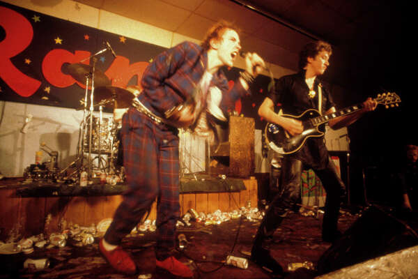 UNITED STATES - JANUARY 08: TEXAS Photo of Steve JONES and Johnny ROTTEN and SEX PISTOLS, Johnny Rotten (John Lydon) & Steve Jones performing live onstage at Randy's Rodeo Nightclub, San Antonio, on final tour (Photo by Richard E. Aaron/Redferns)