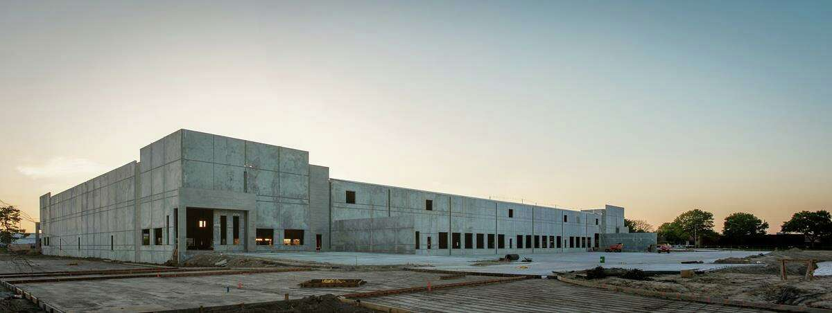 Avera is developing a distribution center building at 499 Century Plaza Drive.
