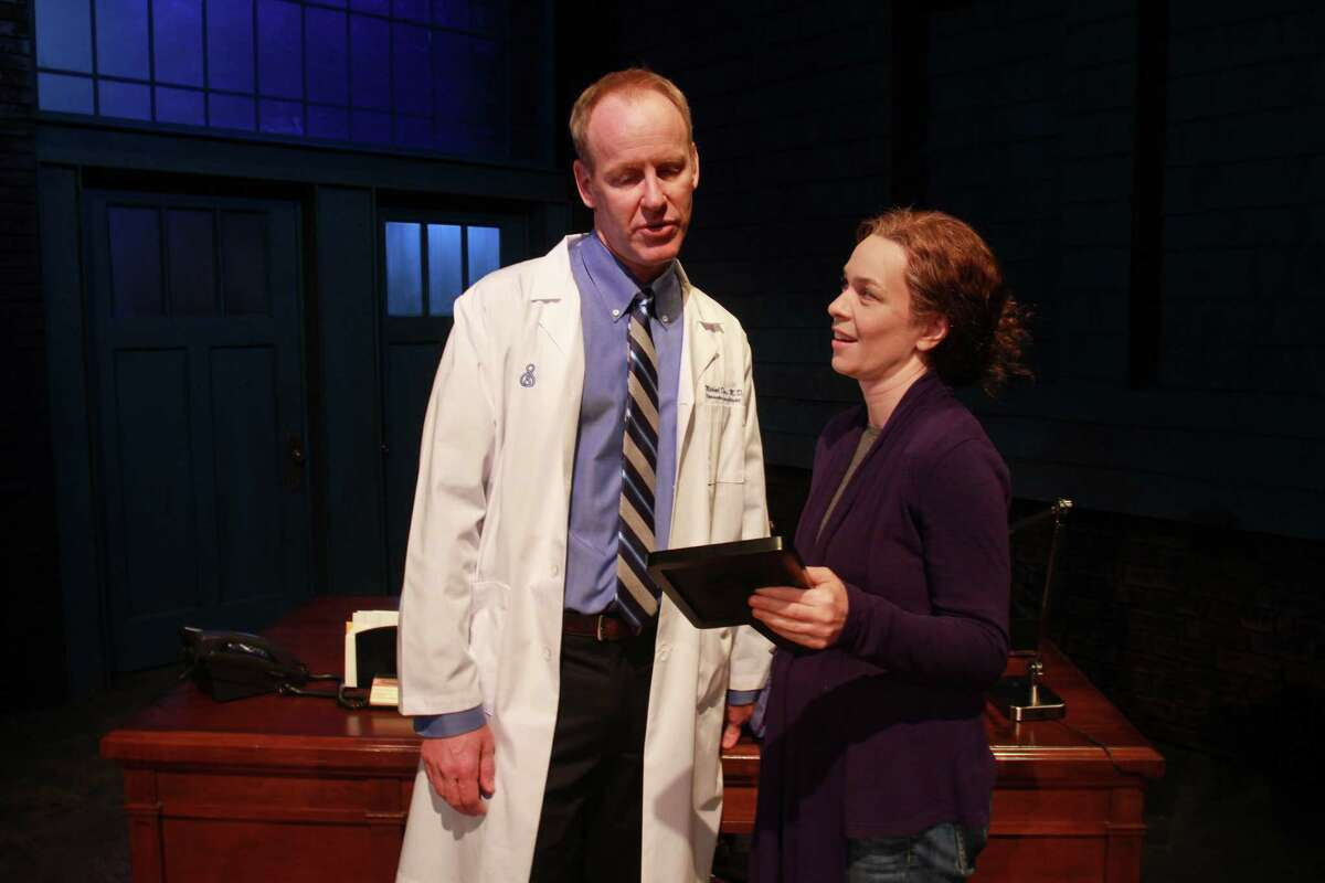 """Old friends Mike (Chris Hutchison) and Margaret (Elizabeth Bunch) meet again in Alley Theatre's Houston premiere of David Lindsay Abaire's award-winning play, """"Good People."""""""
