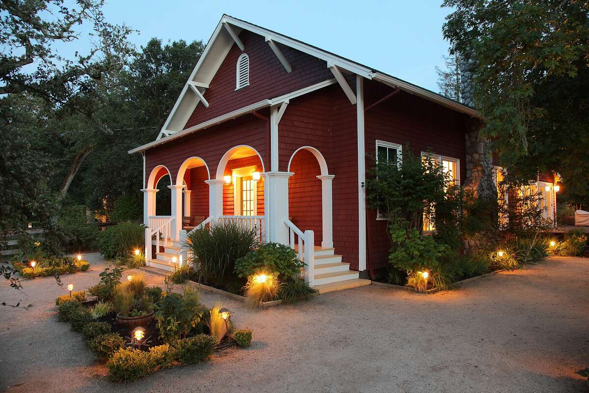 3535 Hagan Road is a schoolhouse dating back to 1909 that underwent substantial renovations to become a luxury home.Ê