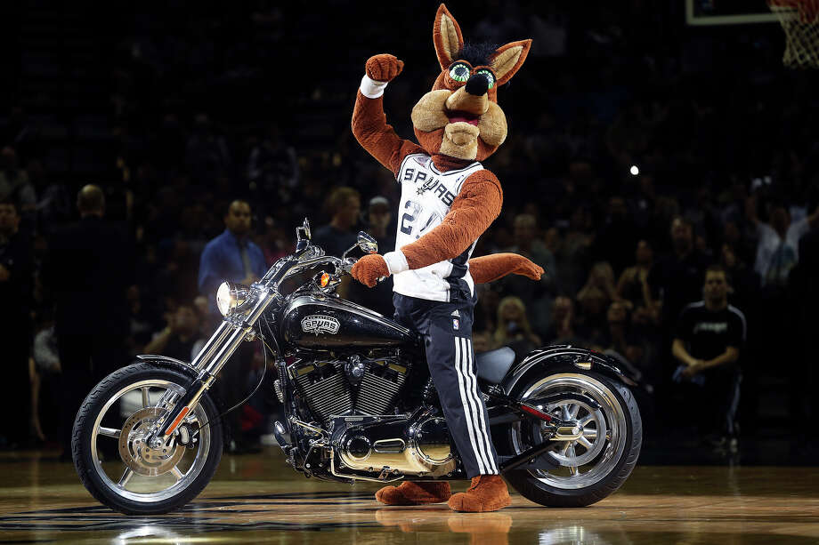 Coyote revs up the crowd as the Spurs play the Portland Trailblazers in the first game of the Western Conference Semifinals at the AT&T Center on May 6, 2014. Photo: TOM REEL, San Antonio Express-News File Photo