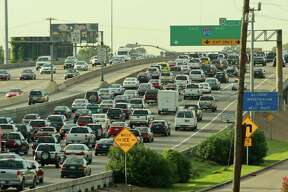 (For the Chronicle/Gary Fountain, August 27, 2012) Morning rush hour traffic heading for downtown Houston on I-45 South. This location is just north of Loop 610.