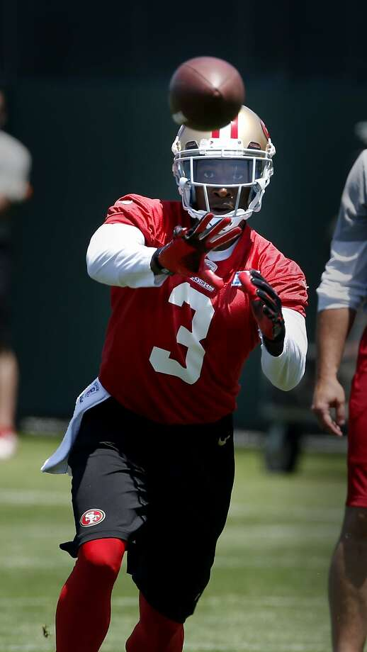 New wide receiver Bruce Ellington watched a pass during the workout Tuesday June 3, 2014. The San Francisco 49ers held a spring practice at their facility in Santa Clara, Calif. near the new Levi stadium. Photo: Brant Ward, The Chronicle