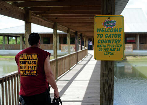A small sign welcomes guests to Gator Country. The 2014 Gator Rescue Tournament was held at Gator Country on Saturday. Photo taken Saturday 6/7/14 Jake Daniels/@JakeD_in_SETX Photo: Jake Daniels / ©2014 The Beaumont Enterprise/Jake Daniels