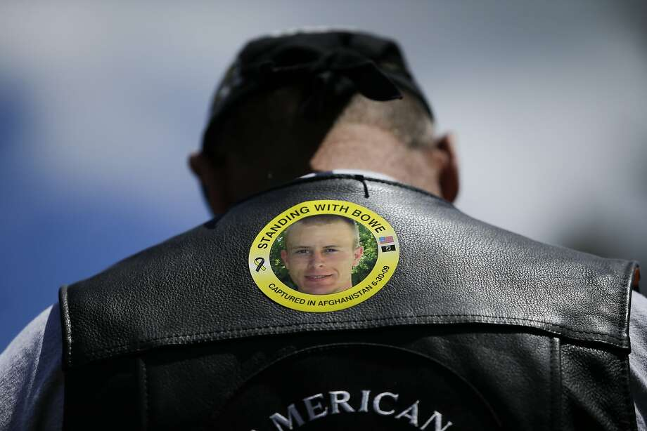 Before the controversy, Ron Coumerilh wears a sticker in Hailey, Idaho, in 2013 to support then-captive Bowe Bergdahl. Photo: Jae C. Hong, Associated Press