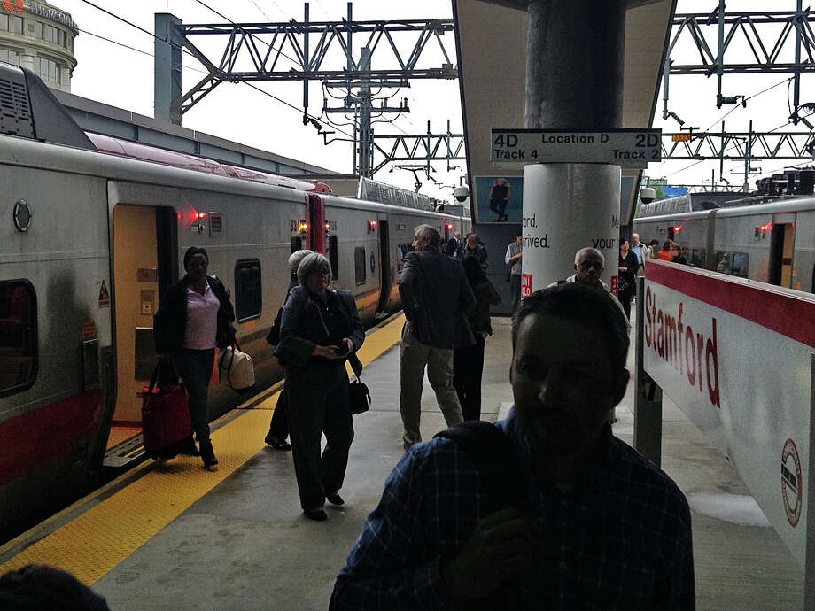 Commuters pile up at at the train station in Stamford. Photo: John Nickerson / Stamford Advocate