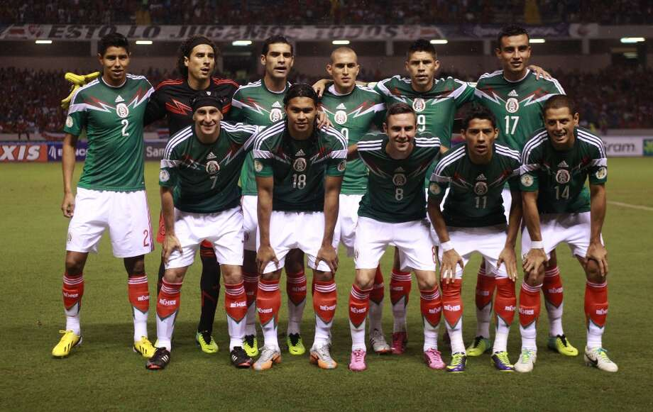 Group A  Mexico Photo: Fernando Vergara, Associated Press