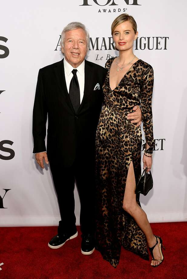 Robert Kraft (L) and Ricki Noel Lander attend the 68th Annual Tony Awards at Radio City Music Hall on June 8, 2014 in New York City.  Photo: Dimitrios Kambouris, (Credit Too Long, See Caption)