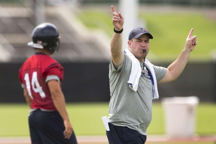 Texans head coach Bill O'Brien starts practice. Photo: Brett Coomer, Houston Chronicle