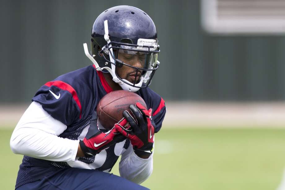 Texans wide receiver Mike Thomas makes a catch. Photo: Brett Coomer, Houston Chronicle
